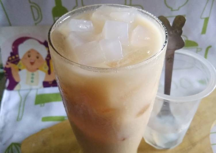 Langkah Mudah untuk Menyiapkan Thai Tea Nata de Coco yang Enak Banget